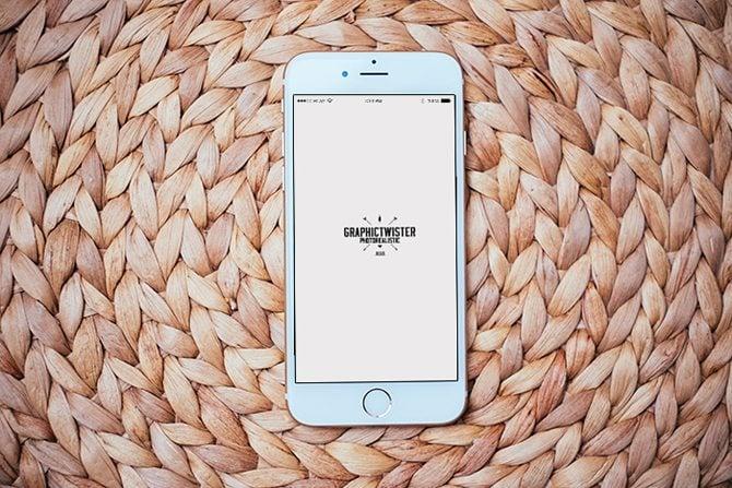 IPhone-6-Photorealistic-Mockup
