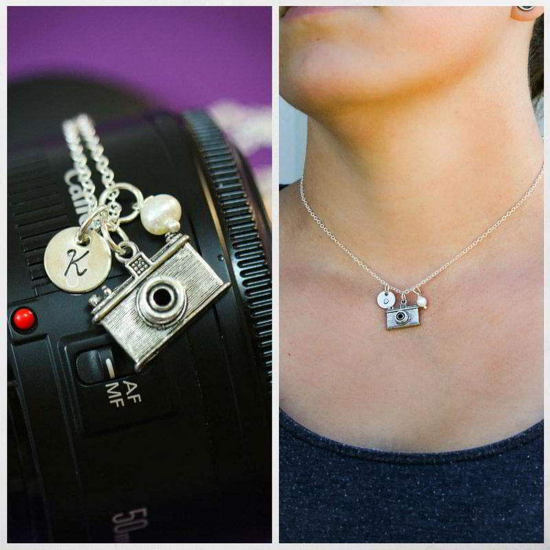 personalized-camera-necklace